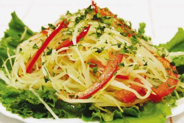 Салат с ветчиной и макаронами