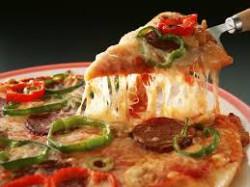 загруженное2 250x187 Лучшие рецепты пиццы на сковороде (часть 3)