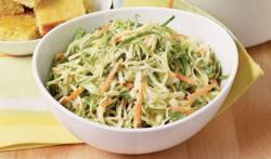 E7Mw 250x147 Варианты простых и вкусных салатов
